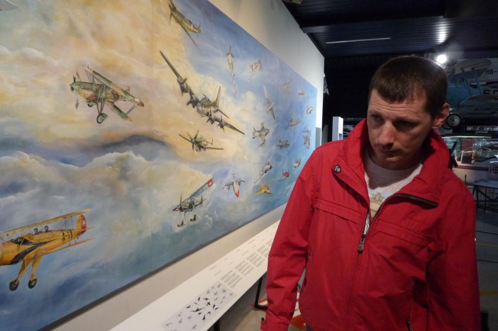 Vliegtuigen geschilderd op een muur